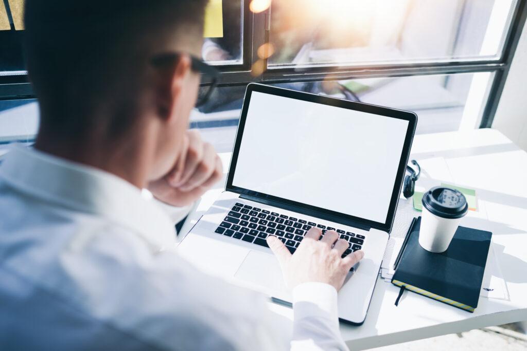 Laptop, Smartphone, Steurreiheit, Entgeltextras
