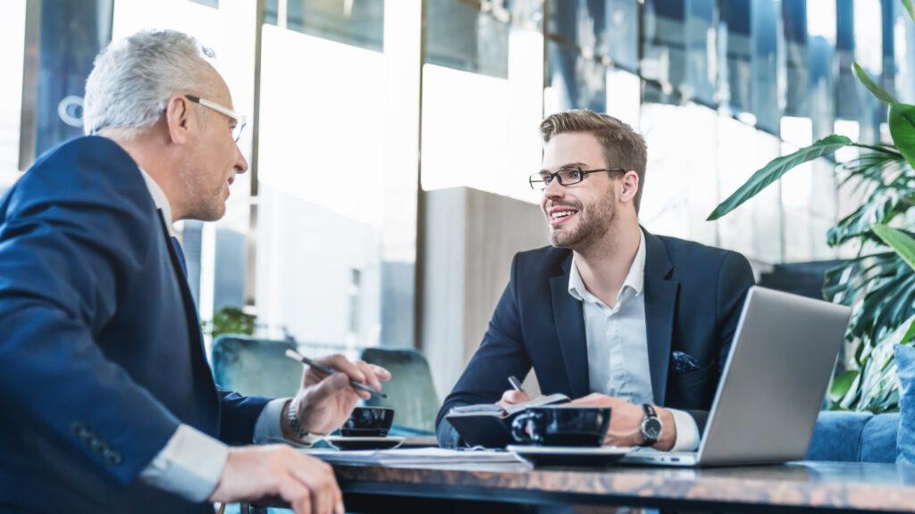 Probezeitgespräch – Leitfaden und Wissenswertes für Arbeitgeber