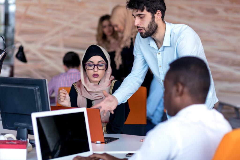 Diversity Management, Cultural Diversity Management, Management, Personalabteilung, Personal, Mitarbeiter, Unternehmen, Einstellung, Länder, Kulturen