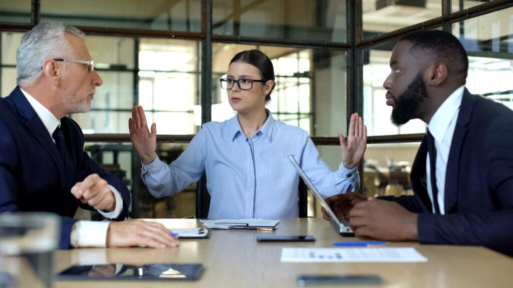 Konflikte, Konflikttypen, Führungskraft, Führungskompetenz, Mitarbeiterführung, Arbeitgeber, Arbeitnehmer, Vorgesetzte