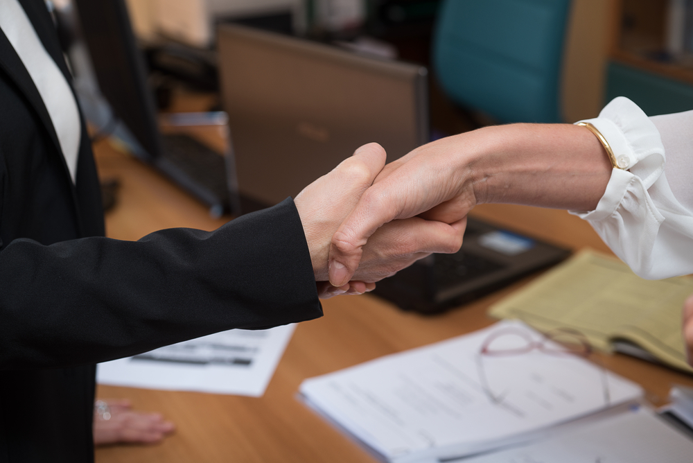 Was ein qualifiziertes Arbeitszeugnis von einem einfachen Zeugnis unterscheidet