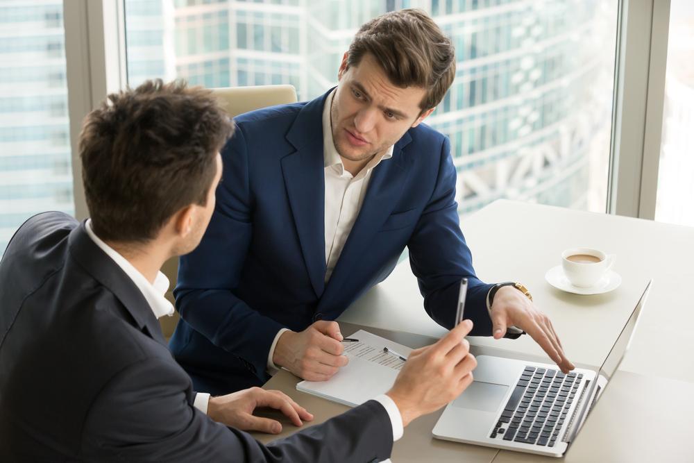 Headhunter unterstützt Personalabteilung, Headhunter keine Konkurrenz innerhalb des Unternehmens