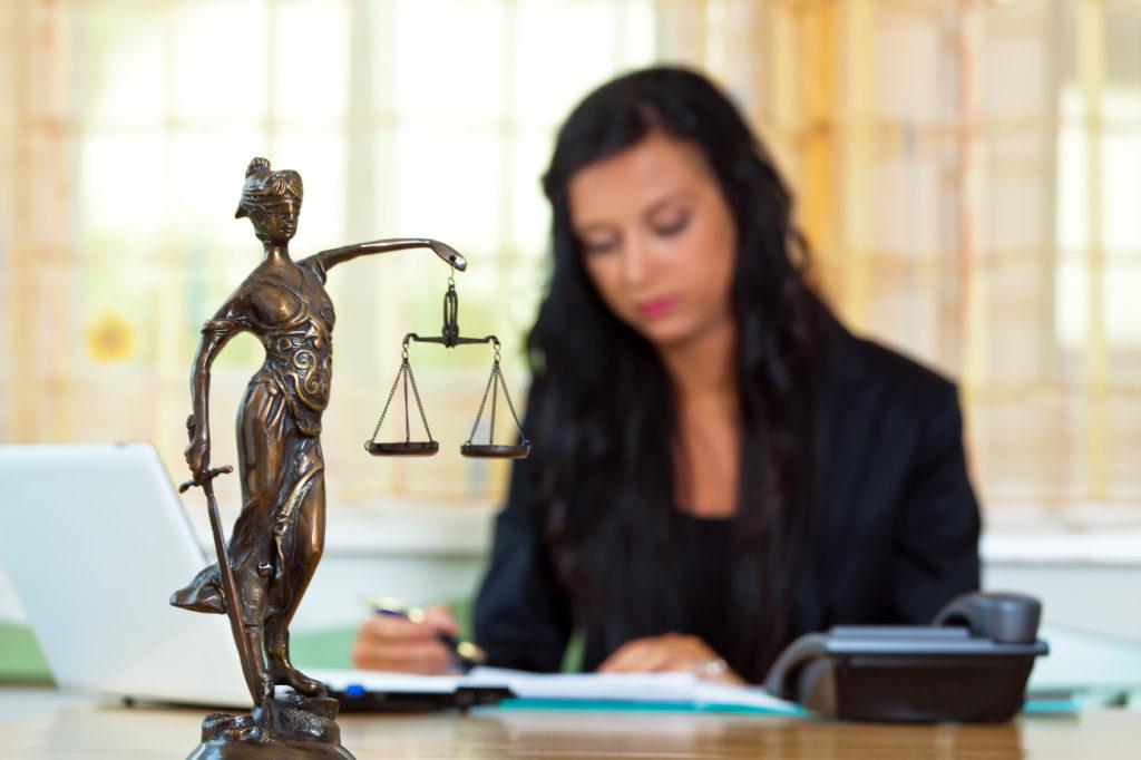 Kündigungsgründe: Verschiedene Ursachen für die Beendigung eines Arbeitsverhältnisses durch Arbeitgeber und Arbeitnehmer