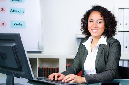 Arbeitsplatz im Büro: So wird er zu einem Ort der Produktivität, Flexibilität und Zufriedenheit