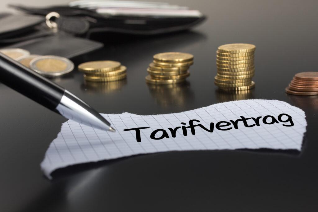 Tarifvertrag, Arbeitsvertrag, Gehalt, Lohn, Arbeitsstunden