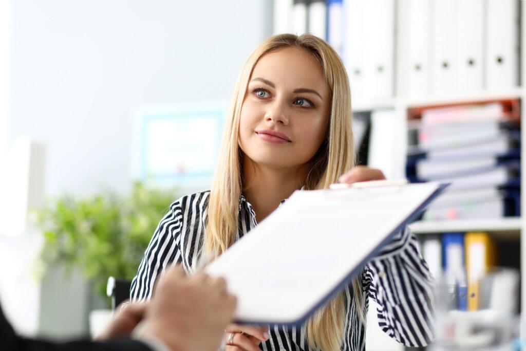 Arbeitsbescheinigung, Einverständnis, Arbeitgeber, Arbeitnehmer, Mitarbeiter, Agentur für Arbeit, Arbeitsamt, Übermittlung, Online, Ausfüllen, Erstellen, Vordruck