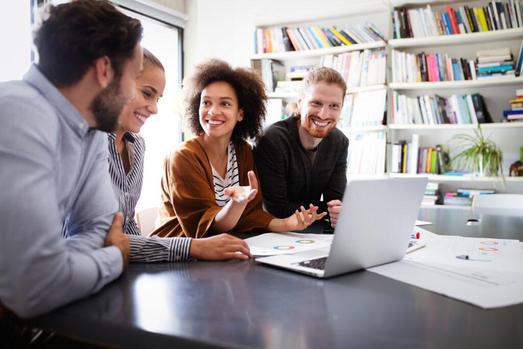 Kooperativer Führungsstil, Führung, Mitarbeiterführung, Miteinander, Kollegen, Team, Arbeutgeber, Arbeitnehmer, Mitarbeiter, Vorgesetzter, Chef