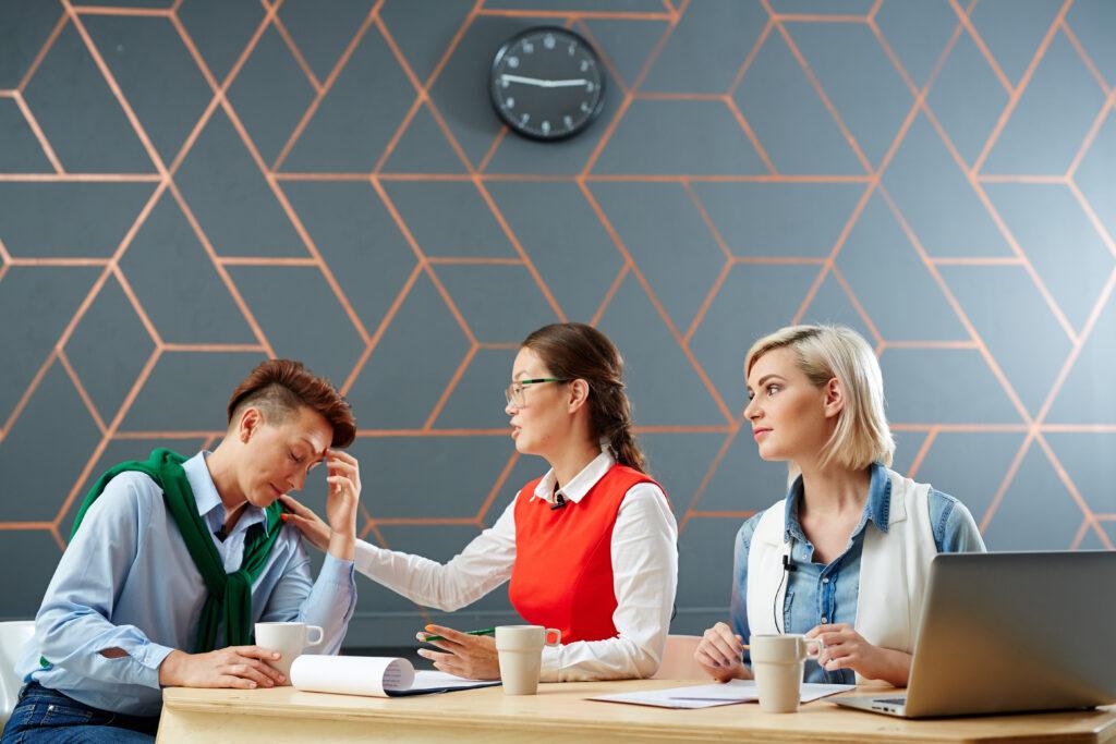 Arbeitsschutz: Wie Arbeitgeber mit Empathie und transparenter Kommunikation einen wertvollen Beitrag auf der sozialen Ebene leisten können
