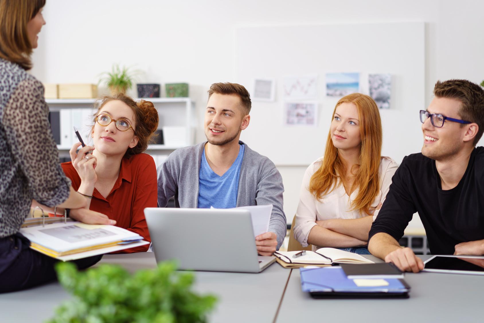 Kommunikation mit Azubis: Das A und O der Ausbildung