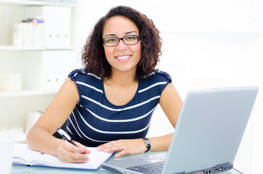 Ausbildungsnachweis – Was Sie als Arbeitgeber über das Berichtsheft wissen müssen