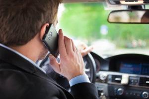 Bußgeld, Bussgeld, Arbeitnehmer muss Strafen wegen schnellem Fahren, Telefon am Steuer und Co. selber zahlen