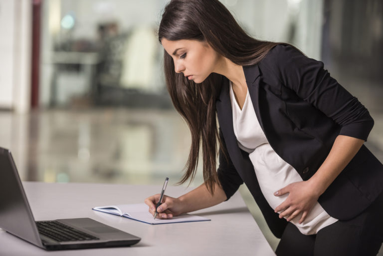 Mutterschutz und Mutterschutzgesetz: Wichtige Fakten und Hintergrundwissen für Schwangere und Arbeitgeber